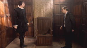 Horrible Histories Series 6 Episode 2-Mardy Mary Queen Of Scots-29-Tudor Toilet1